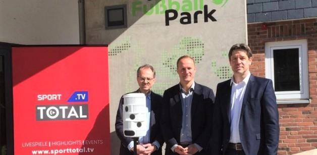 sporttotal.tv-Kameras im Uwe Seeler Fußball Park installiert